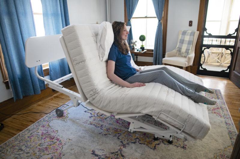 Floor Hugger cardiac chair