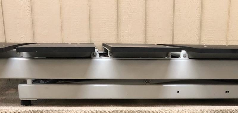 Low-profile Kodiak bed with glides